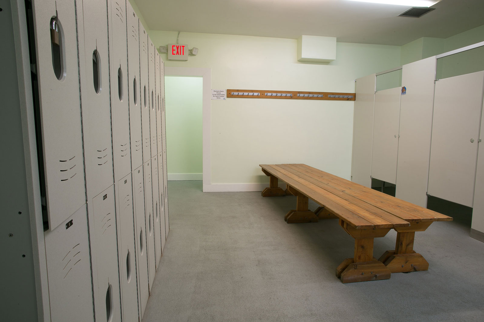 carluke-locker-room